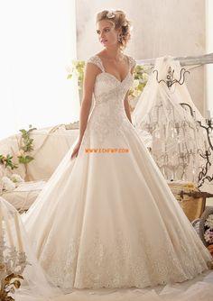 Robe de mariée princesse tulle dentelle cristal col en coeur