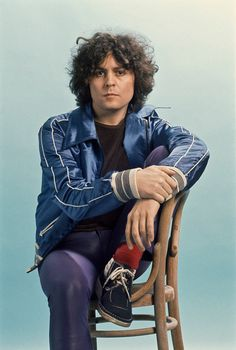 Marc Bolan, photo by Steve Emberton, 1977 Electric Warrior, Poetry Photos, Marc Bolan, Music Icon, Popular Music, Glam Rock, Attractive Men, T Rex, David Bowie
