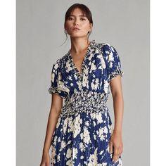 70s Fashion, Korean Fashion, Fashion Outfits, Classic Fashion, Ralph Lauren, Coats For Women, Clothes For Women, Jumpsuit Dress, Floral Prints