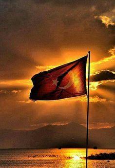 ŞANLI TÜRK BAYRAĞI The Beautiful Country, Black Sea, Istanbul Turkey, Pictures, Dream Garage, Compost, Islam, Google, Vacation