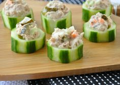 Tuna Salad Cucumber Cups are fun and delicious way to eat tuna salad! Serve these cool cucumber cups as an appetizer or enjoy them as a light lunch! They're easy to make and easier to customize with your favorite mix-ins and toppings! Healthy Snacks, Healthy Eating, Healthy Recipes, Simple Recipes, Appetizer Recipes, Salad Recipes, Cucumber Cups, Tuna Salad, Chicken Salad