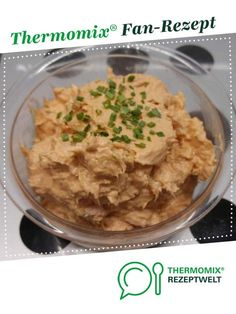 Fast tuna spread from A Thermomix ® recipe from the Sauces / Dips / Spreads category www.de, the Thermomix ® community. Protein Desserts, High Protein Snacks, High Protein Low Carb, High Protein Recipes, Healthy Protein, Low Calorie Recipes, Healthy Snacks, Vegan Recipes, Best Protein Shakes