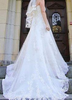 Kup mój przedmiot na #vintedpl http://www.vinted.pl/damska-odziez/sukienki-wieczorowe/11387984-suknia-slubna-annais-bridalivorykoronkatren-r36