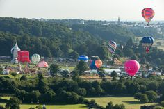 Amazing weekend Hot Air Ballooning - https://neilcordell.com/blog/amazing-weekend-hot-air-ballooning/