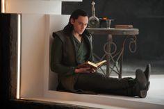 What is it about this guy?  I always imagine Loki reading.  #loki #tomhiddleston #thor #thorragnarok #norsegods
