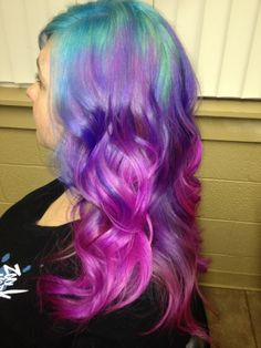 Shelby's AMAZING pastel hair