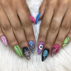 Individuation acrylic stiletto nails for you 3 Halloween Acrylic Nails, Halloween Nail Designs, Best Acrylic Nails, Edgy Nails, Grunge Nails, Edgy Nail Art, Zombie Nails, Alien Nails, Pop Art Nails