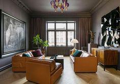 Un piso impresionante en Oslo. O de una cocina dorada, rosa y verde Oslo, Verde Vintage, Decoracion Vintage Chic, Gate, Real Estate, Curtains, Interior Design, Home Decor, Balcony