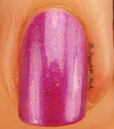 Sinful Colors Bayou Babes Bayou Bae macro   Be Happy And Buy Polish https://behappyandbuypolish.com/2017/04/06/sinful-colors-bayou-babes-nail-polish-collection-swatches-review/
