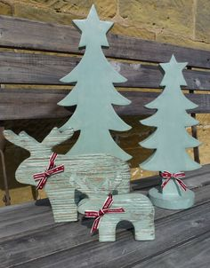 East of India Ribbon decorated Wooden Nordic Reindeer Christmas Tree Dec Set / 4