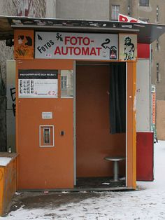 Photobooth.net | Photobooth Location : Warschauer Strasse (Berlin, GER)
