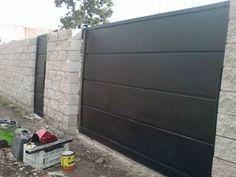 Door Gate Design, Garage Door Design, Fence Design, Modern Garage Doors, Compound Wall, Casas Containers, Front Gates, Modern Backyard, Backyard Fences