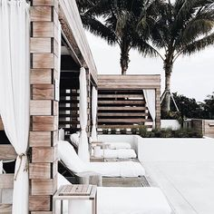 Dreamy Outdoor Living via //