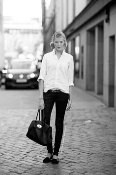 simple style.  skinnies and button down.