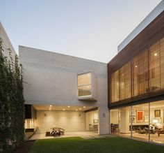 House V, Lima, Peru | by Jaime Ortiz de Zevallos Architecture