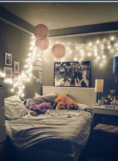 20 Small Bedroom Ideas for Small Space Home. 25 Small Bedroom Ideas For Your Home - Lumax Homes. You can adapt one or several small bedroom ideas below. Don't forget to adjust to the area of ​​your room and the theme of your bedroom. You can combine Dream Rooms, Dream Bedroom, Warm Bedroom, Bedroom Girls, Bedroom Small, Cozy Teen Bedroom, Teen Bedroom Colors, Bedroom Inspo, Bedroom Sets