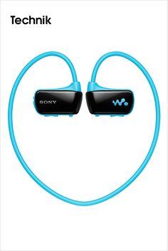 SONY • Sportlich unterwegs – der neue wasserdichte und kabellose WALKMAN NWZ-W273 von Sony. Egal, ob beim Laufen, Schwimmen oder jedem anderen Workout: Mit dem neuen wasserdichten WALKMAN NWZ-W273 macht das Training jetzt noch mehr Spaß. Vier Gigabyte Speicher bieten genug Platz für die besten Playlists und in nur drei Minuten Ladezeit ist der WALKMAN für eine Stunde einsatzbereit. Voll geladen spielt er bis zu acht Stunden Musik ab und...    Bilderserie anzeigen…