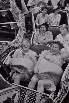 You can choose to live your life with the joy of the front row or solemness of the third row.hmmmmm--let me think. Front Row Please! I can think of a friend that would ride on the front row with me:)) Great Quotes, Funny Quotes, Life Quotes, Inspirational Quotes, Motivational Quotes, Funny Humor, Amor Quotes, Funny Ads, Baby Quotes