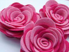 felt pink roses