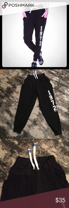 Adidas 1972 Classic Sweatpants M Adidas 1972 Classic Sweatpants M retail $68 super soft and comfy adidas Pants Track Pants & Joggers