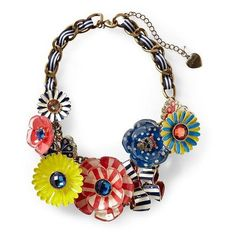 Betsey Johnson Flower Skull Necklace ❤ liked on Polyvore featuring jewelry, necklaces, accessories, jewels, yellow, kids, skull jewelry, flower jewelry, blossom jewelry y bib statement necklace