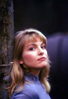 Sheryl Lee, Laura Palmer.  I love her strong chin and jaw, and whatever that is going on under the corners of her mouth. This is the perfect face.