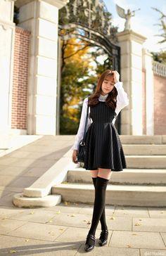 Attrangs - Sleeveless Pinstripe Mini Dress #minidress #dress #sleevelessminidress #pinstripeminidress