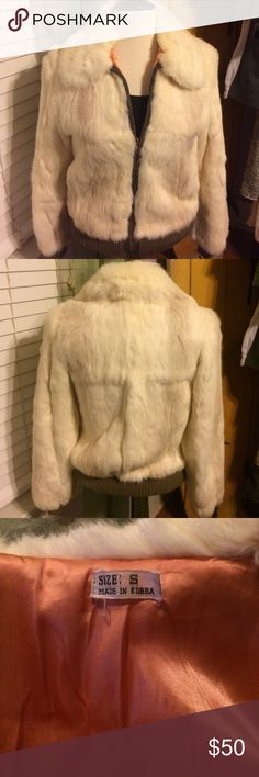 70s Authentic Angora Bomber So beautiful, soft. Great condition, no flaws or stains. Purchased from EBay. Ask questions or for more pics😁 Jackets & Coats