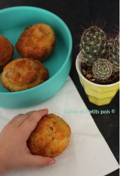 Baby Tuna Picnic Recipe for Picnic Recipe for Baby Mini Tuna Cake for . Toddler Meals, Kids Meals, Easy Meals, Baby Food Recipes, Cooking Recipes, Tuna Cakes, Baby Cooking, Cake Factory, Homemade Baby Foods