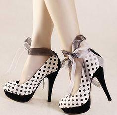 zapatos a lunares, que divertido!!