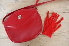 March find : Lovely Courrèges lipstick red bag with matching mesh gloves from the previous owner.