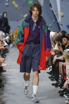 See the complete Martine Rose Spring 2018 Menswear collection.