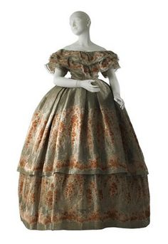 Dress  Charles Fredrick Worth, 1860  The Museum of the City of New York