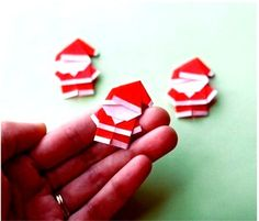How To Create Cheerful DIY Santa Claus Origami For Your Gifts. Diy Origami, Origami Paper, Origami Candy, Noel Christmas, All Things Christmas, Christmas Ornaments, Father Christmas, Christmas Wedding, Christmas Ideas