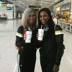 Indiana Pacers Cheerleaders enjoying Freshens Smoothies! #deliciousness
