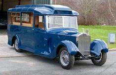 Rolls Royce bus                                                       …