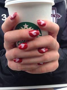 Valentine nails hearts