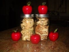 Dehydrating Apples 12 to 24 hours 135 degrees to make crispy
