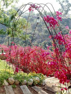 Gartengestaltung: Leichte und Märchenhafte  Deko Ideen im Garten - deko ideen im garten metallstange gebrauch