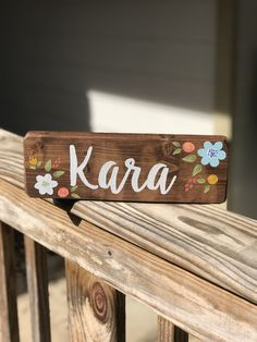 Baby name sign - desk sign - baby gift - hand painted wood sign - child name plaque - nursery decor Teacher Name Signs, Baby Name Signs, Painted Wood Signs, Hand Painted, Wood Slice Crafts, Name Plaques, Teacher Appreciation Gifts, Painting On Wood, Nursery Decor