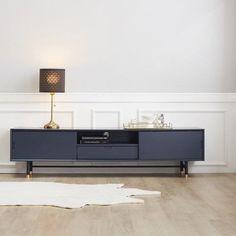 Classic Interior, Cafe Interior, Apartment Interior, Home Living Room, Interior Design Living Room, Modern Furniture, Furniture Design, Living Room Decor Inspiration, Home Room Design