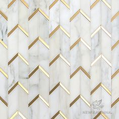 Gatsby effect – a geometric marble tile with brushed brass trim – also f. The Gatsby effect – a geometric marble tile with brushed brass trim – also f., The Gatsby effect – a geometric marble tile with brushed brass trim – also f. Marble Wall, Marble Tiles, Marble Floor, Stone Tiles, Mosaic Tiles, Tile Grout, Cement Tiles, Tiling, White Tiles