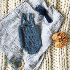 Årets siste✨ #nøttelitenromper fra @hoppestrikk.no 💙  #hoppestrikkno #knittinginspiration#knitting_inspiration#knitspiration#knitinspire#i_loveknitting#knitstagkram#knittersofinstagram#instaknit#instaknitters#strikktilbarn#babystrikk#guttestrikk#barnestrikk#babyknits#knitforboys#neatknitting#babystrikkrepost#babyboyinspo#ministil#kids_knitting_inspiration#knitinspo123#norwegianmade#norwegianmadeknitting#ministil
