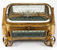 """Fine Antique French Jewelry Box, Casket, in Dore Bronze and Deep Beveled & Engraved Glass, 7"""" x 5"""""""
