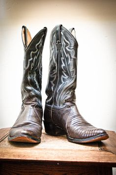 Pewter Gray Vintage Cowboy Boots Justin Mens 8 by JuniperLodge, $55.00