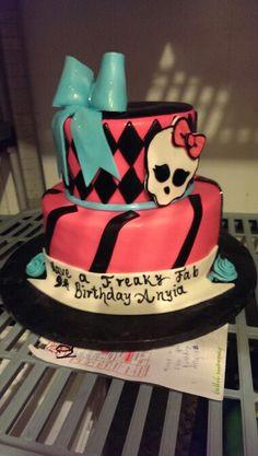 Monster High fondant cake