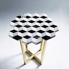Marble coffee table by Merve Kahraman | ELLE Decoration UK