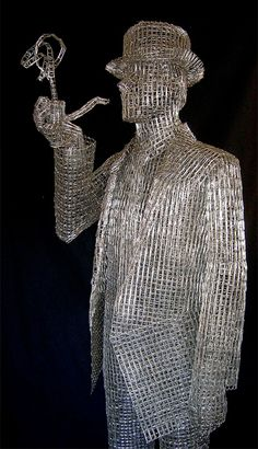 Out of Paper clips.... no less!! Patience and a good eye and steady hands!! Sculptures by Pietro DAngelo
