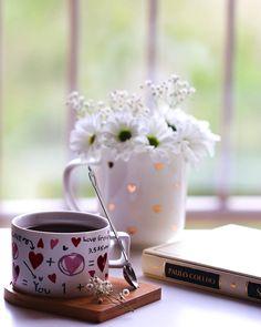 Coffee Milk, Coffee And Books, Coffee Latte, I Love Coffee, Coffee Flower, Flower Tea, Good Morning Tea, Teacup Flowers, Coffee Cookies