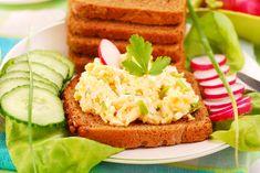 Egy finom Petrezselymes tojáskrém pofonegyszerűen ebédre vagy vacsorára? Petrezselymes tojáskrém pofonegyszerűen Receptek a Mindmegette.hu Recept gyűjteményében! Salmon Burgers, Avocado Toast, Celery, Sandwiches, Low Carb, Cooking Recipes, Yummy Food, Breakfast, Ethnic Recipes
